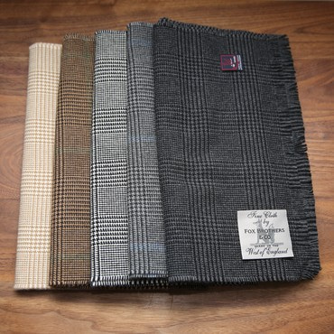 FOX SCARVES 50% CASHMERE, 50% EXTRA FINE WOOL GLEN CHECK